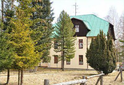 Vila Lomnička