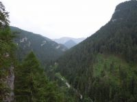 Pohled od Demenovské ledové jeskyně